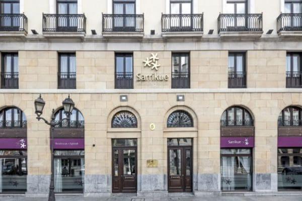 fachada-Sarrikue-exterior