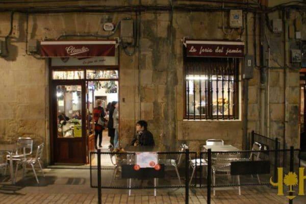 Claudio-fachada-bar-exterior