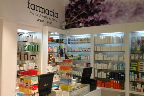 farmacia-uriarte-interior