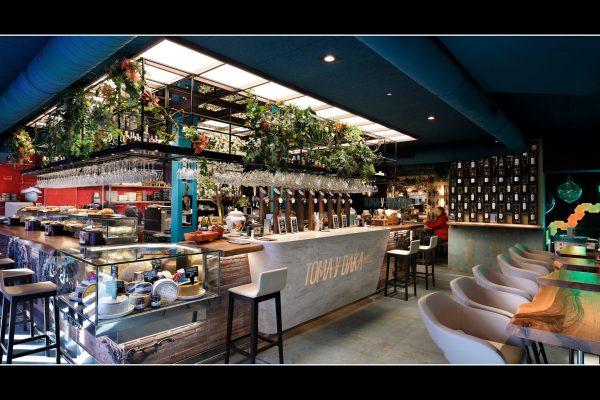 toma-daka-bar-plaza